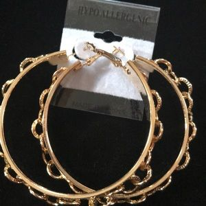 Jewelry - Link Hoops